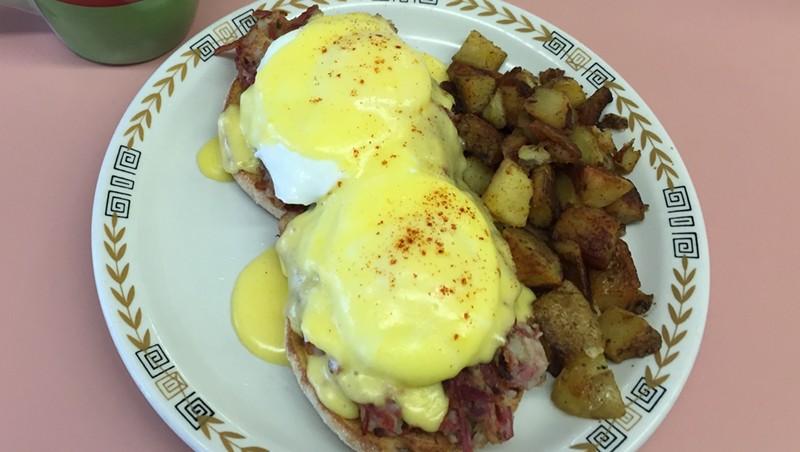 Breakfast Club: Malletts Bay Diner & Bakery