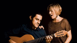 8 Cuerdas (Sarah Cullins and Daniel Gaviria)