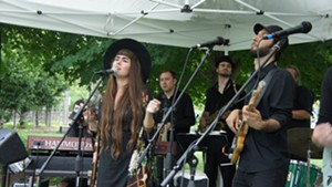 Kat Wright & the Indomitable Soul Band gettin' down at Summervale