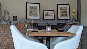 Fox & Harrow dining room