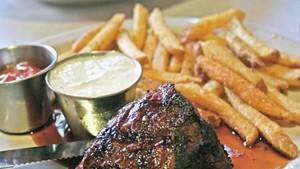 Steak frites at Leunig's Bistro & Café