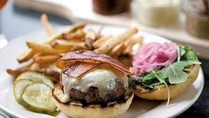 Farmhouse Tap & Grill cheeseburger