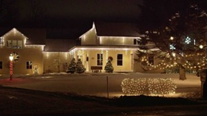 An Epic Holiday Light Show [SIV472]