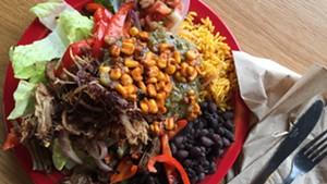 Carnitas grilled salad, Bueno Y Sano