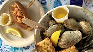 Steamed clams from Joe's Kitchen at Screamin' Ridge Farm