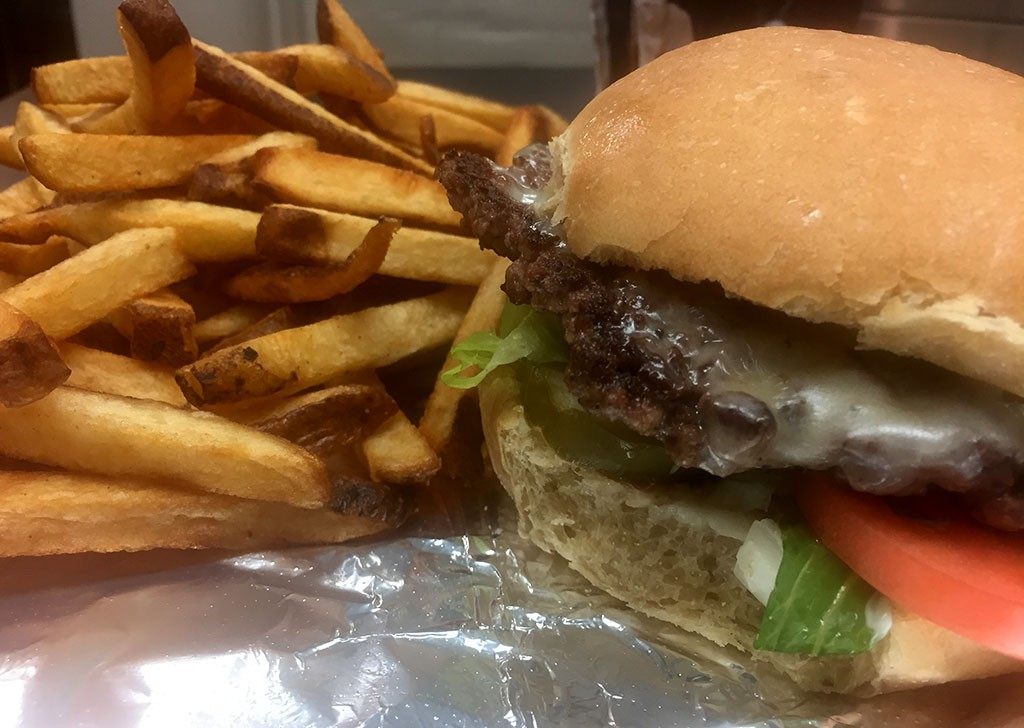 New burger joint buddy 39 s famous comes to montpelier food for Food bar 788