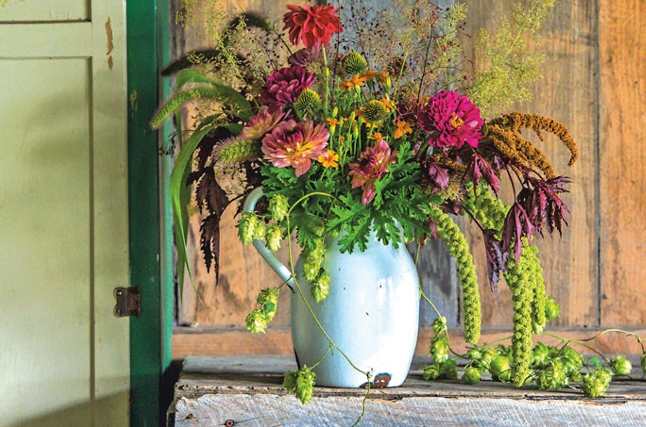 Fall for floral how to make an autumnal bouquet housewares fall for floral how to make an autumnal bouquet housewares dcor seven days vermonts independent voice izmirmasajfo
