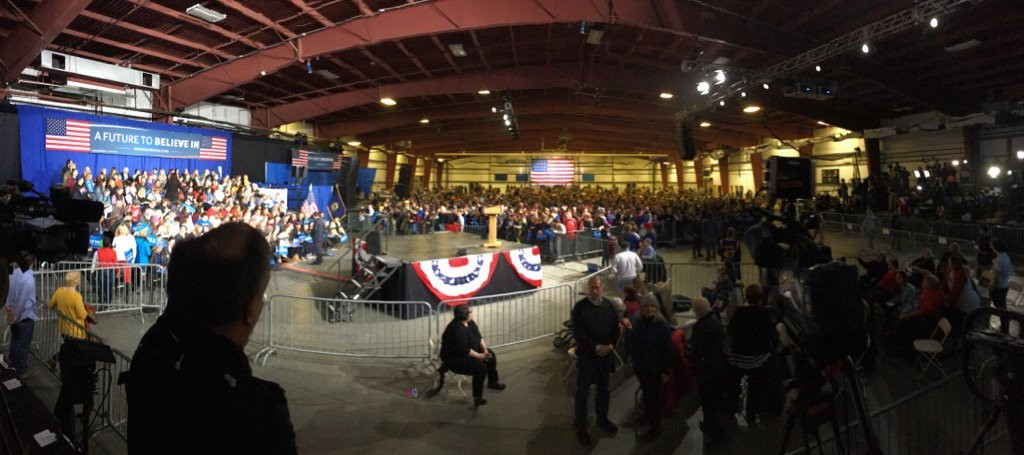 The scene at the Bernie Sanders rally - JAMES BUCK