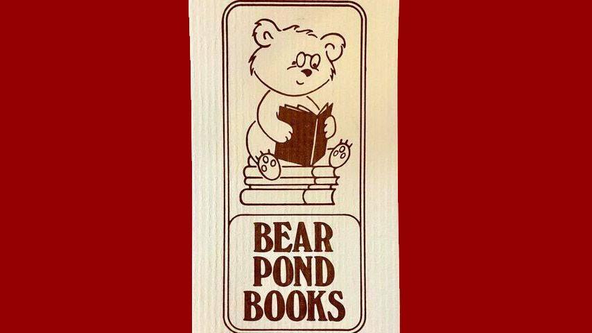 Bear Pond Books (Stowe)