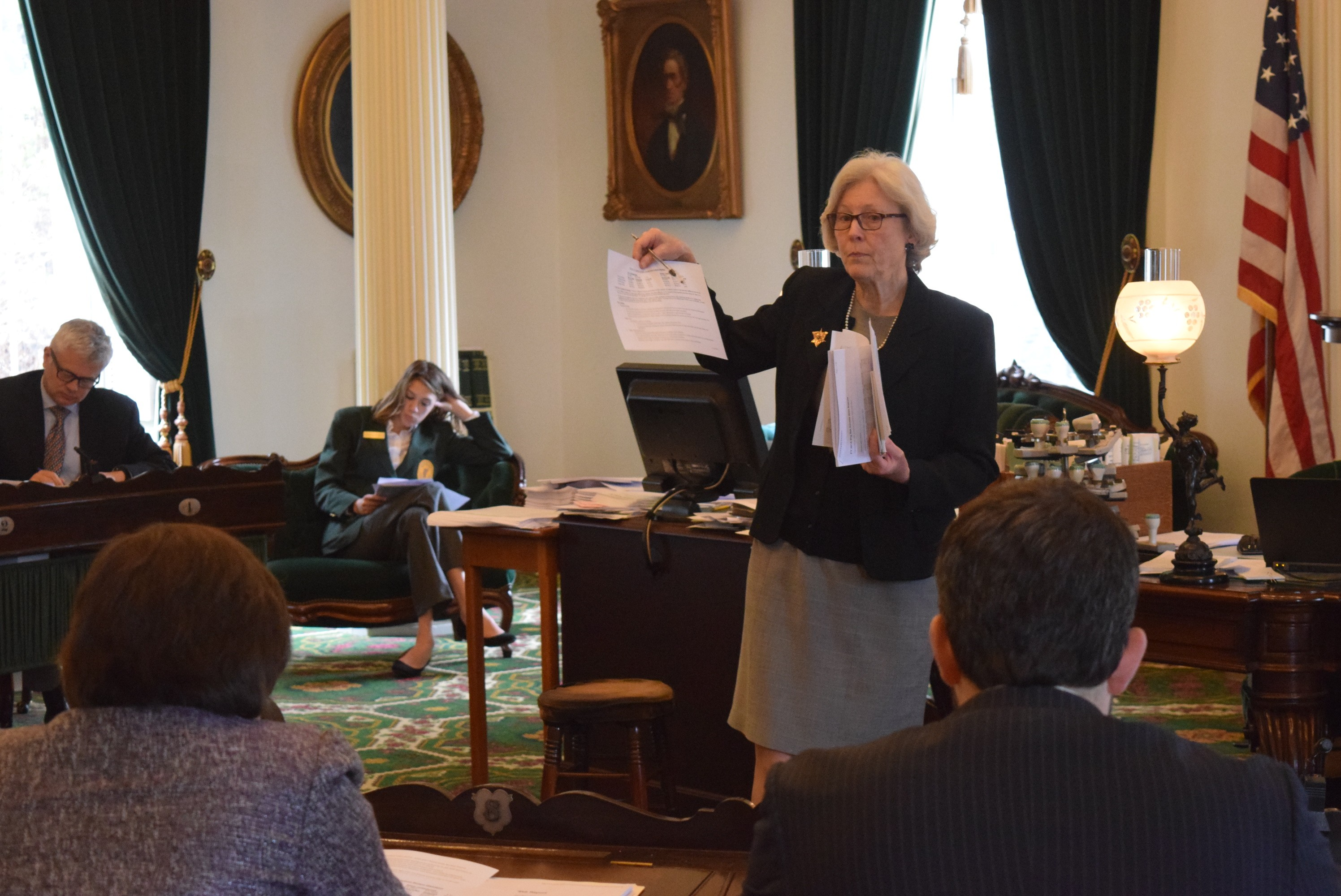 Vermont Senate Backs Bud 0 Setting Stage for Adjournment