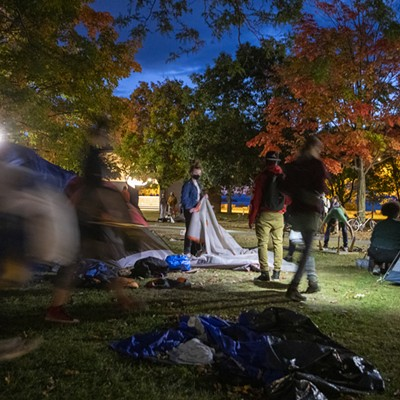 Dismantling the Battery Park encampment
