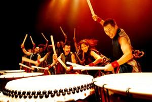 yamato_drummers1-calendar-spotlight-ravin.jpg