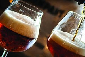 wed.19_food_drink_comparative_craft_brewing-_vermont_den.jpg