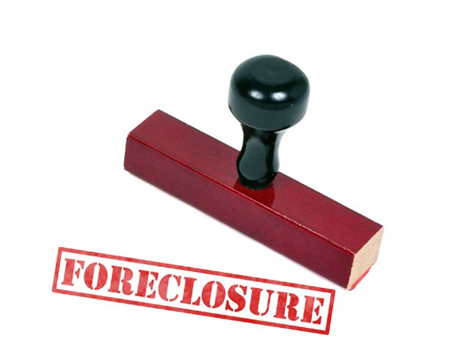 618-lm-foreclosure.jpg