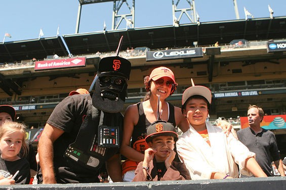 19_sf_giant_star_wars_day.jpeg