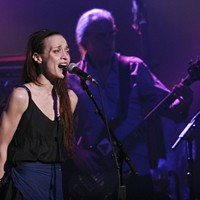"20 Best San Francisco Concerts of 2012 9. Fiona Apple at the Fox Theater, July 28     ""Apple reached reached up into that damaged growl for ""On the Bound,"" only the second song of her sold-out show at the Fox Theater on Saturday. It had us worried: Could she really push her voice that hard for a whole show?"" Kahley Avalon Emerson"