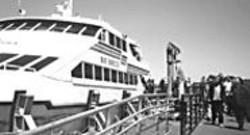 STEVE  ZELTZER - A cruise into history.