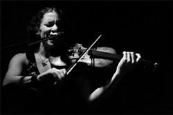 LAUREN GOLDBERG - A force on violin and beyond: Kihlstedt.