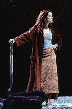 A Longing for Vengeance: Holly Hunter plays the Medea-like Hester - Swane.