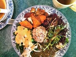 LAURA BECK - A Polata Organic feast.