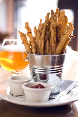 LARA HATA - A Social Kitchen success: Sweet potato tempura fries and a glass of Rapscallion.
