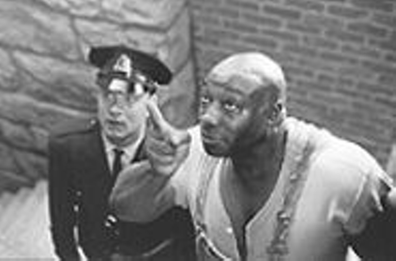 an analysis of the film green mile Film analysis: the green mile (1999) 'the green mile' is a film that was co-written by stephen king and frank darabont, who also directed it as well.