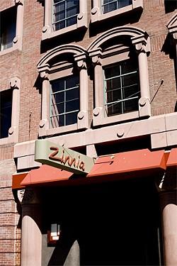 JEN SISKA - Another restaurant tries a familiar address.