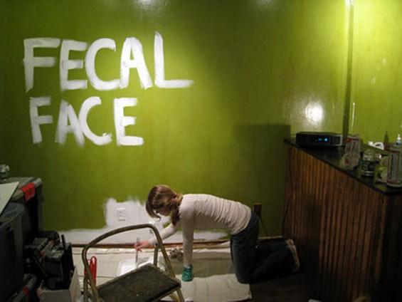 fecalface2_thumb.jpg
