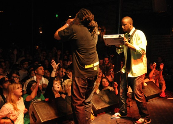 Beatmaker: Amplive (with Zumbi) - EKAPHOTOGRAPHY COPYRIGHT 2009. ALL RIGHTS RESERVED