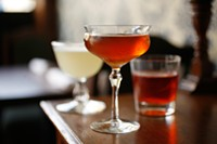 Best Cocktail-and-Eats Commingling