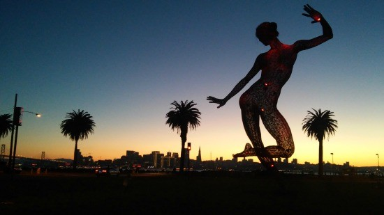 'Blissful' dancing during the San Francisco sunset. - JUAN DE ANDA