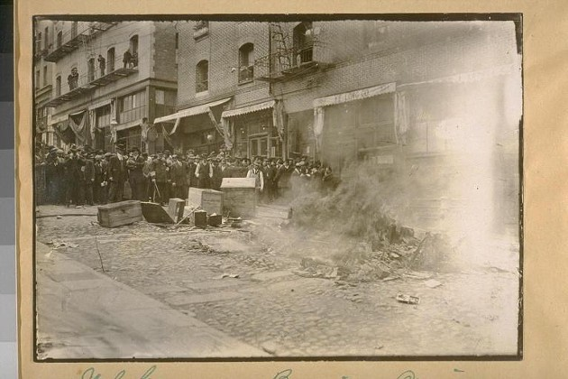 The opium fire in SF's Chinatown, 1914. - UC BERKELEY BANCROFT LIBRARY