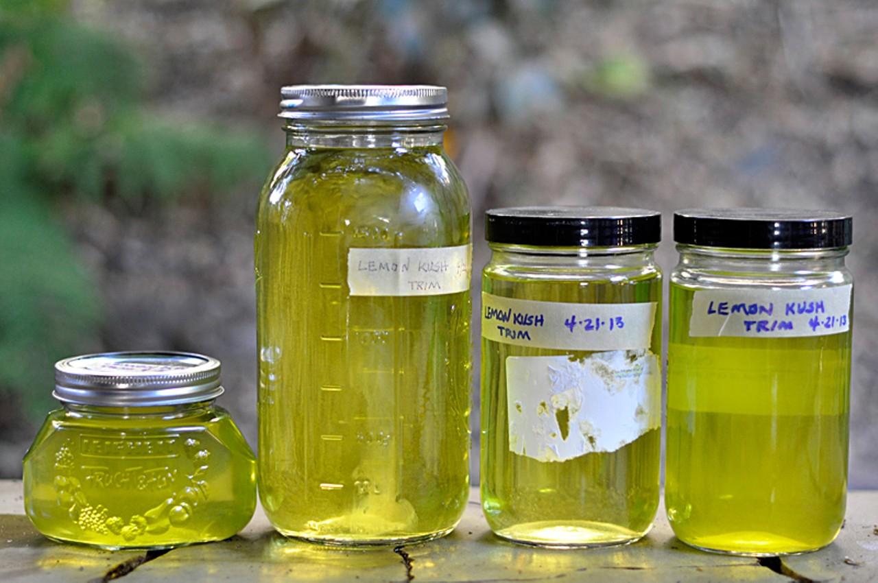 How do i make cannabis oil