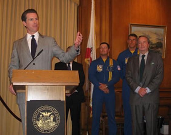 mayor_fleet_week_thumb_300x237.jpg
