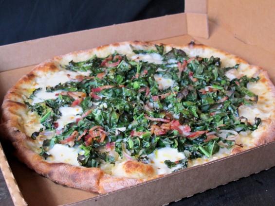 Casey's Kale & Bacon pizza - LOU BUSTAMANTE