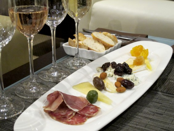 Cheese pairing to go with a flight of J Sparkling wines - LOU BUSTAMANTE
