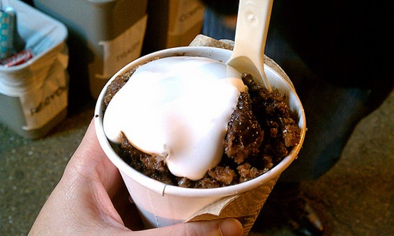 Chocolate Baltimore snowball with marshmallow cream by Skylite Snowballs. - FLICKR/TILATURTLE