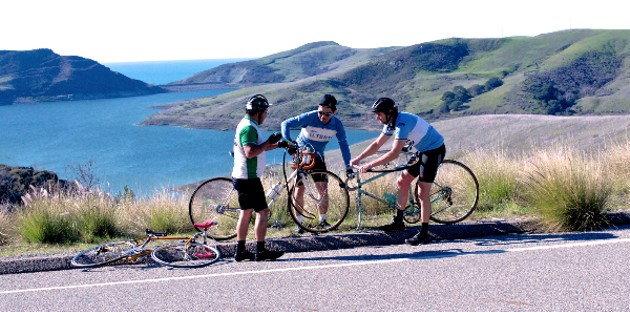 Cycling reenactment courtesy Eroica email newsletter.