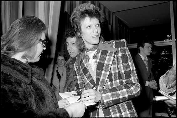 """David Bowie signing autographs, Beverly Hilton Hotel"" - COURTESY OF MICHAEL JANG"