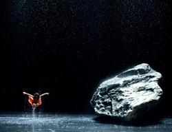 Ditta Miranda Jasjfi dances in Wim Wenders' Pina.