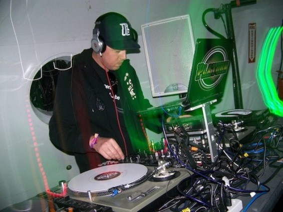 DJ Platurn. - JUAN DATA