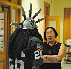 Dr. Death has a serious conversation with Mayor Jean Quan. Where's her wizard hat? - DR. DEATH FACEBOOK PAGE
