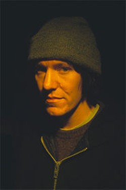 TIBOR BOZI - Elliott Smith rewinds the present.
