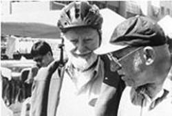 Fighting a Worthy Fight: Ferlinghetti (left) and Bauersfeld.