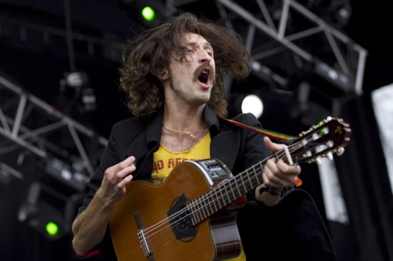 Gogol Bordello - CHRISTOPHER VICTORIO