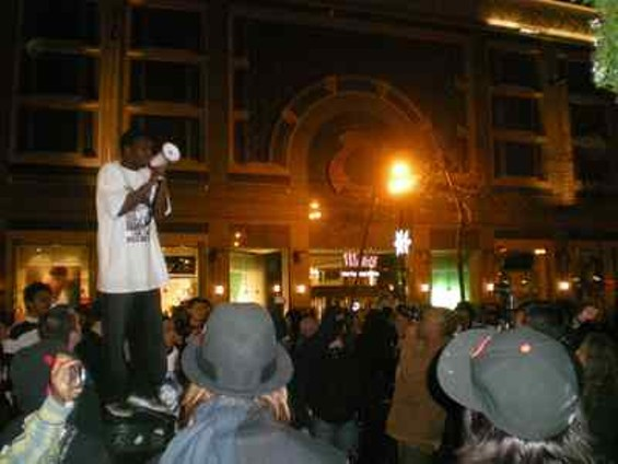 oscar_grant_protest_jan._12_2009_012_thumb_400x300.jpg