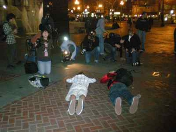 oscar_grant_protest_jan._12_2009_006_thumb_400x300.jpg