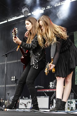 Haim - CHRISTOPHER VICTORIO