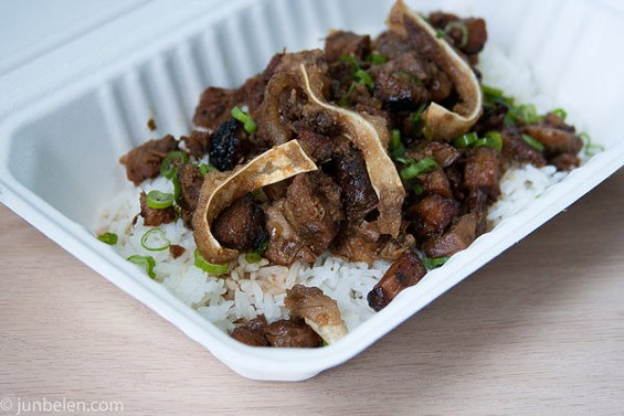 Hapa's meaty sisig had the chicharron crunch of fried pig's ears. - JUN BELEN