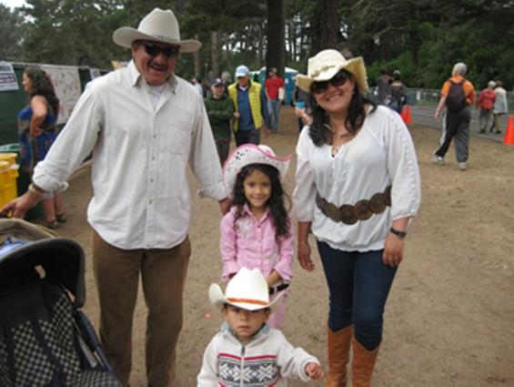 family1_thumb_500x375.jpg